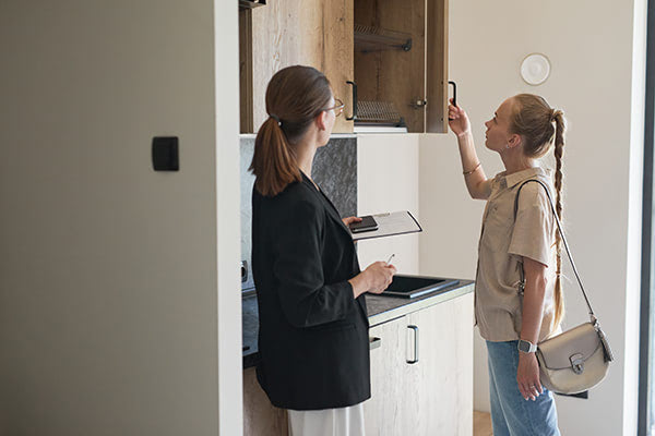 Hiring Real Estate Agent